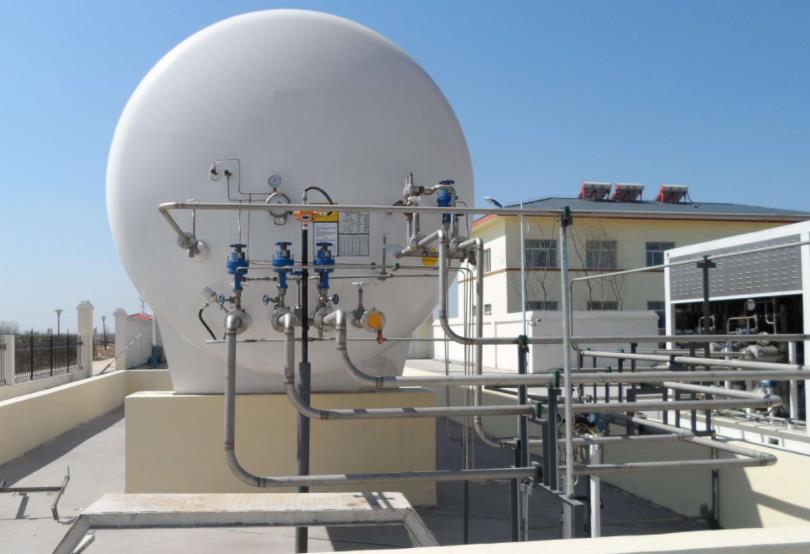山东LNG储气罐